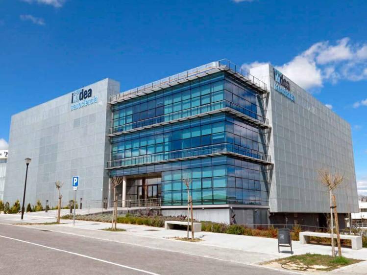 Visita a IMDEA Nanociencia